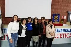 """Tre studentesse dell'istituto """"Dell'Olio"""" premiate a Roma"""