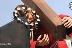 """""""Statue, riti e tradizioni della Settimana Santa a Bisceglie"""": pubblicata la prima guida alla Pasqua locale"""
