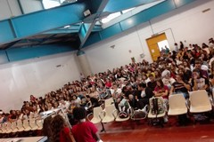 """Pax Christi incontra gli studenti del """"Dell'Olio"""" e la comunità di Santa Maria di Passavia"""