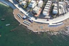 Spiagge libere con servizi, il comune affida concessioni demaniali