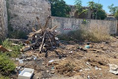 5 Stelle tornano su rifiuti e degrado al Bastione San Martino