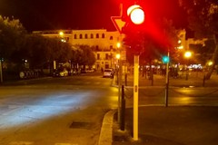 Nuove lampade a led per i semafori