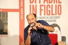 «Il familismo è nel dna degli italiani». Marco Lillo e il caso Consip alle Vecchie Segherie Mastrototaro