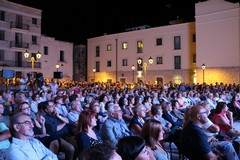 Storie emozionanti e impegno civile nella seconda serata  di Libri nel Borgo Antico. Domenica il gran finale