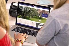 Quali sono i vantaggi dello studio on line