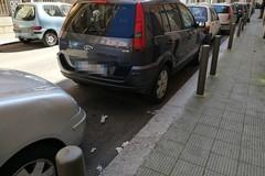 Pulizia delle strade, l'idea: divieti di sosta alternati per consentire un lavaggio più accurato