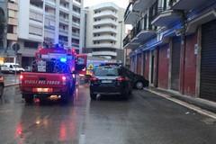 Vigili del Fuoco in azione in via Pasubio per un principio d'incendio