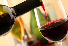 Specialità regionali, non si arresta la richiesta online di vini pugliesi