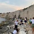 """L'associazione  """"Muvt """" ripulisce le spiagge della zona Salsello"""