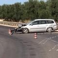 Auto contro il guard-rail sulla provinciale Bisceglie-Andria
