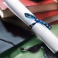 Onore al merito: 300 borse di studio per giovani tra i 17 e i 22 anni
