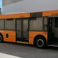 Ironia 5 Stelle sui bus navetta: «Una svolta vintage»