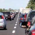 Code chilometriche sulla statale 16 bis in direzione Foggia