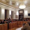 Drammatica seduta di consiglio comunale