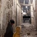 Crolla porzione di solaio in una traversa nel centro storico