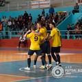 Ingenuità, errori e polemiche: Futsal Bisceglie beffato dal Meta nel big match del PalaDolmen