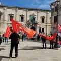 Lavoratori agricoli in mobilitazione davanti alla Prefettura