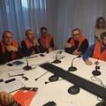 Gilet arancioni uniti per chiedere lo stato di calamità a causa delle gelate dello scorso inverno