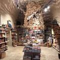 Al Mondadori bookstore nelle Vecchie Segherie Mastrototaro arriva l'angolo degli autori