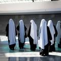 Lunedì la professione solenne di due suore del monastero di San Luigi