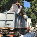 L'assessore Parisi annuncia l'avvenuta rimozione dei rifiuti al cimitero