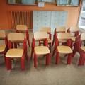 Fornitura di arredi in corso per scuole elementari e medie inferiori