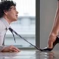 Bisceglie, cercasi segretaria giovane con bellissima presenza e voce sensuale. L'annuncio hot impazza sul web