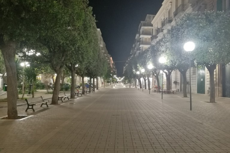 Largo San Francesco deserto
