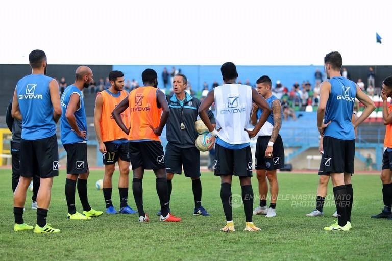 Una fase di allenamento dei calciatori nerazzurri. <span>Foto Emmanuele Mastrodonato</span>