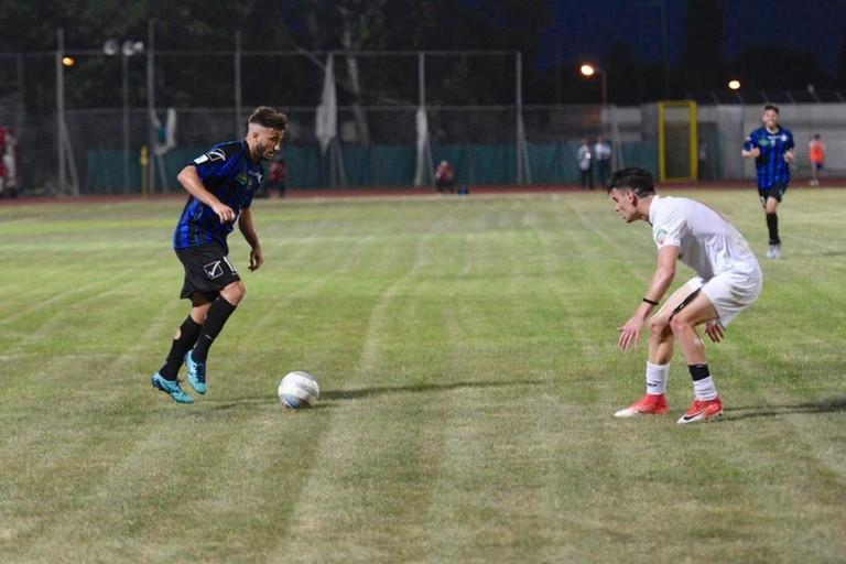 Un'azione del match Bisceglie-Lucchese. <span>Foto Sara Angiolino</span>