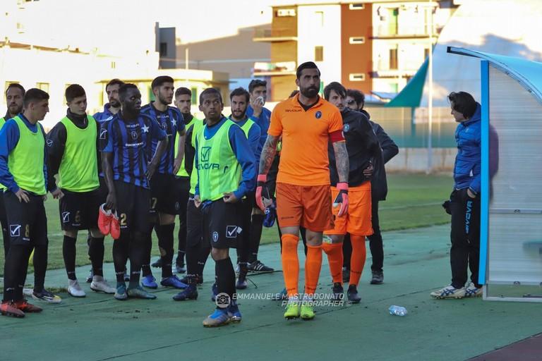 Calciatori del Bisceglie. <span>Foto Emmanuele Mastrodonato</span>