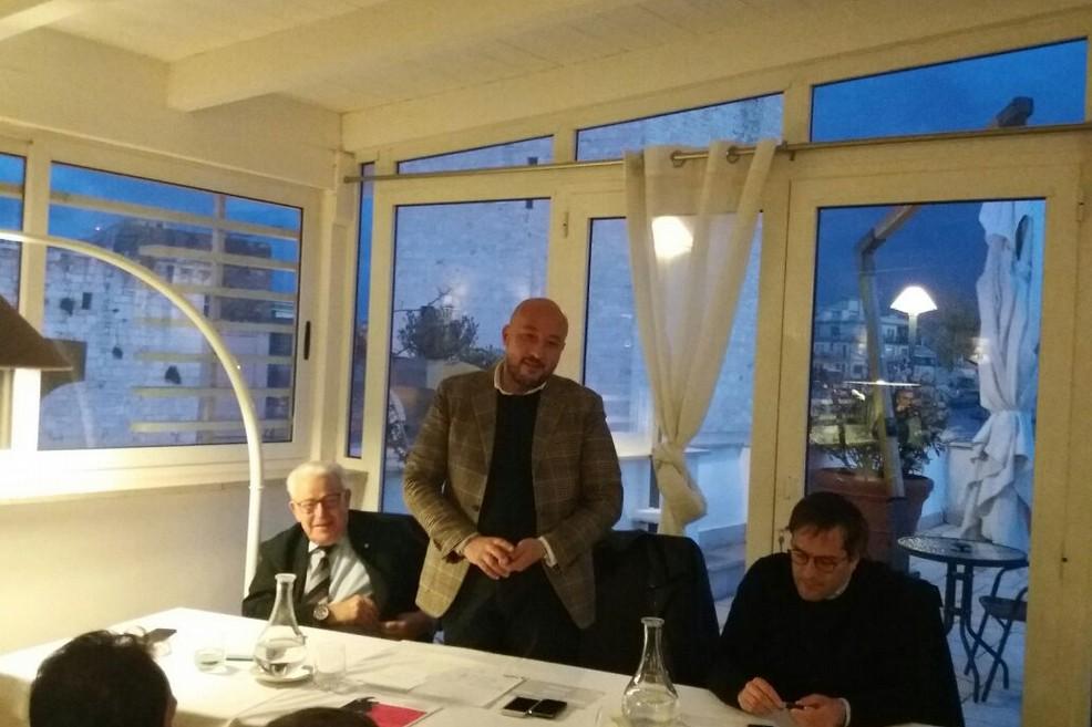 Filippo Caracciolo a Bisceglie per un incontro con iscritti e simpatizzanti Pd (Foto Vito Troilo)
