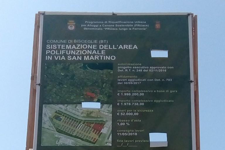 Cartellone dei lavori in via San Martino
