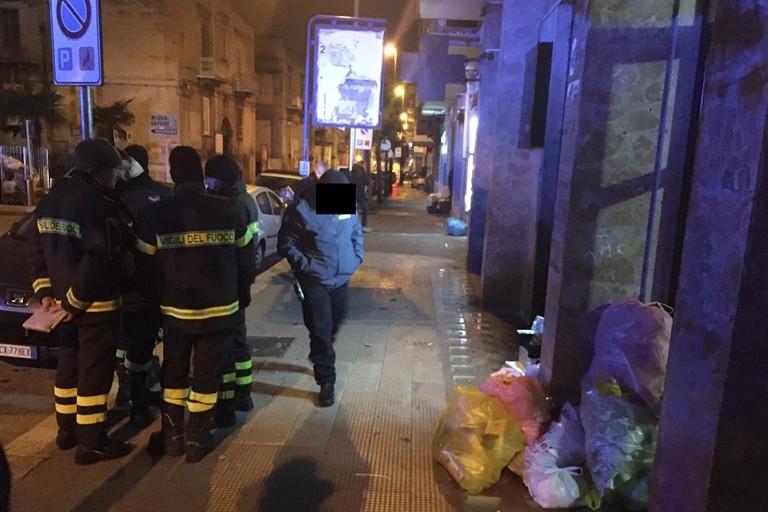 Ordigno esplode davanti alla farmacia Silvestris