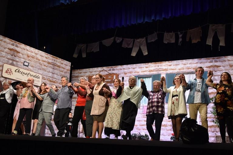 Applausi scroscianti per la Compagnia Dialettale Biscegliese. <span>Foto Cristina Scarasciullo</span>