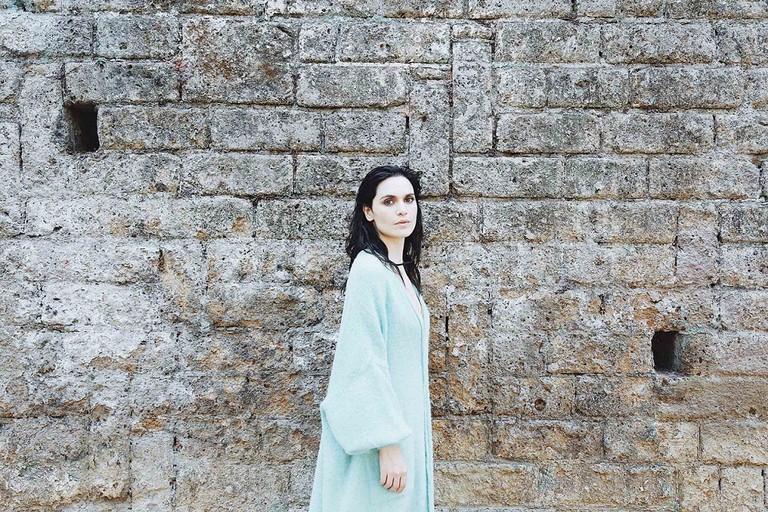 La cantautrice biscegliese Erica Mou