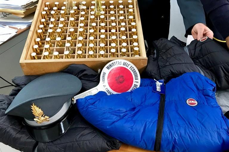 Maxi sequestro di merce contraffatta a Bisceglie 59128db96ff