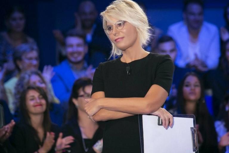 Maria De Filippi in una puntata di C'è posta per te