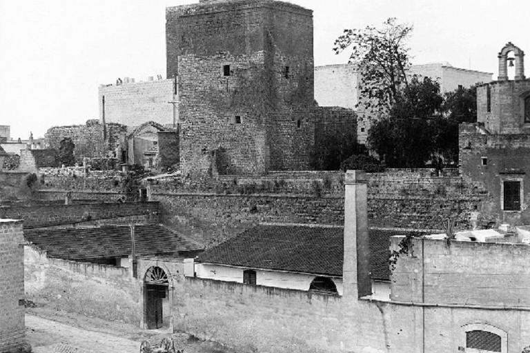 Rarissima immagine di Bisceglie ai primi del '900