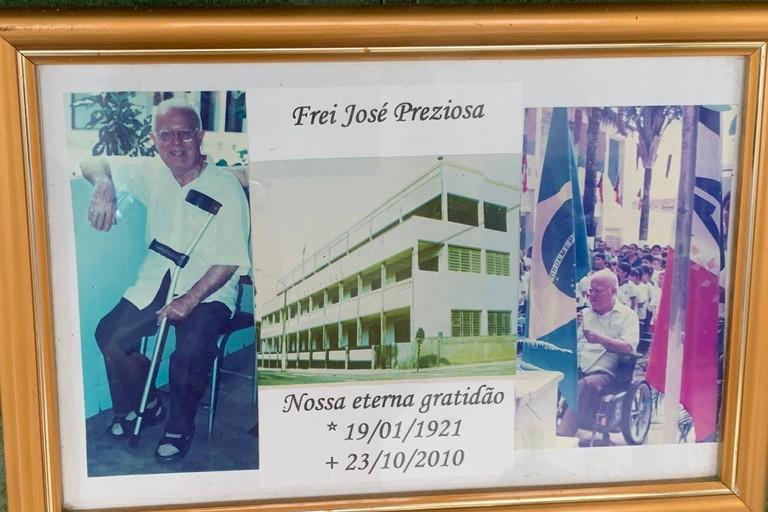 Dedica a Frei Josè Preziosa