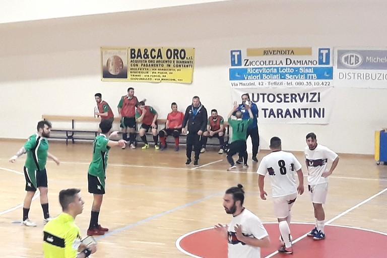 L'esultanza di Antonio Papagni, autore dello 0-1. <span>Foto Nico Colangelo</span>