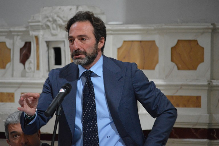 Consiglio comunale, Casella replica a Spina: «Chi ha a cuore la città si infervora davanti allo strafottente lassismo»