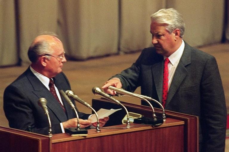 Gorbaciov e Eltsin