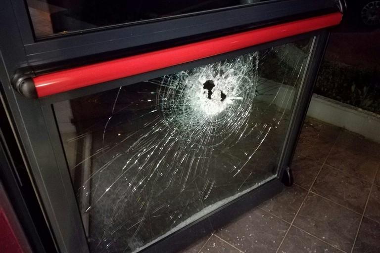 Guardia giurata sventa furto presso un supermercato