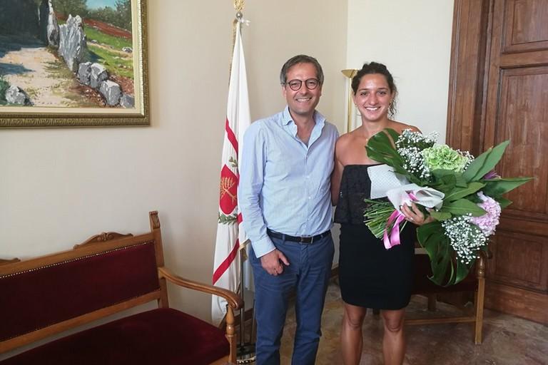 Il sindaco Angarano con Elena Di Liddo a Palazzo San Domenico