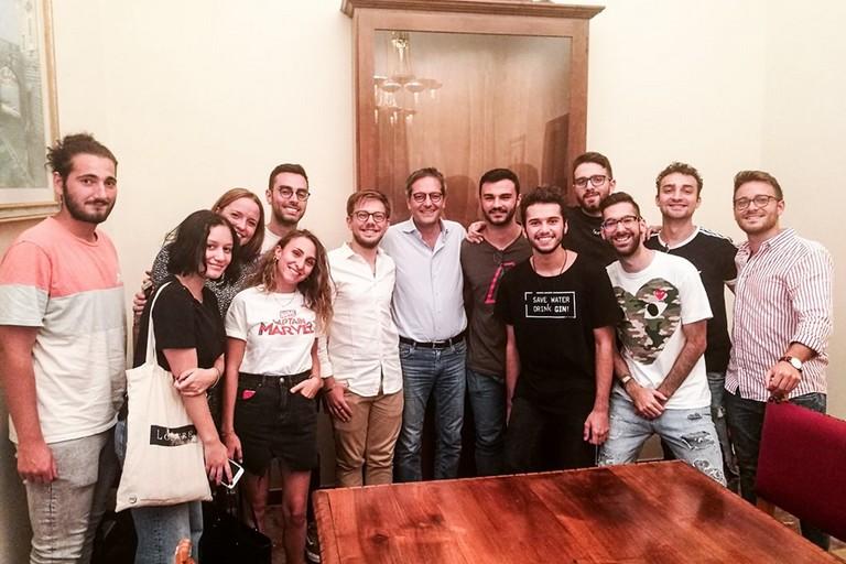 Il sindaco Angarano con l'associazione