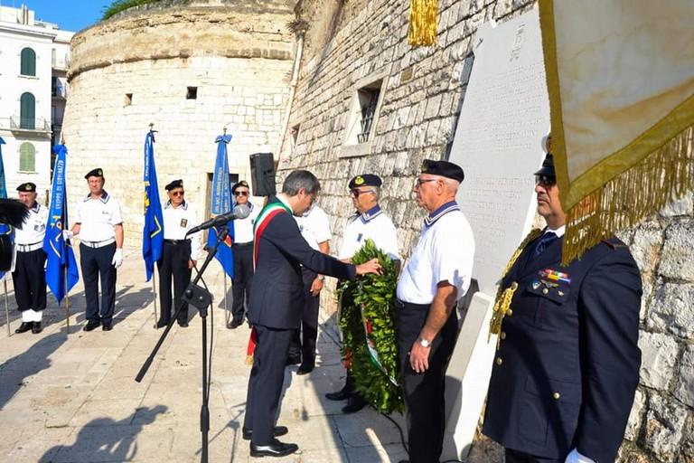 Commemorazione corazzata Roma