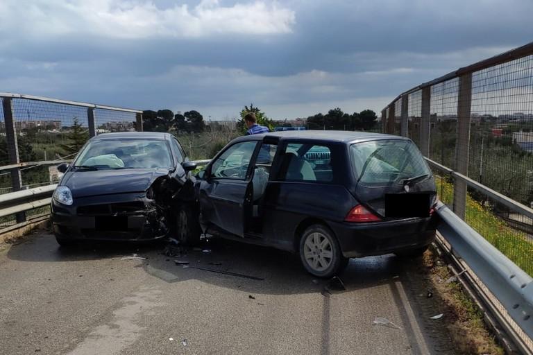 Le conseguenze dell'impatto tra le due auto