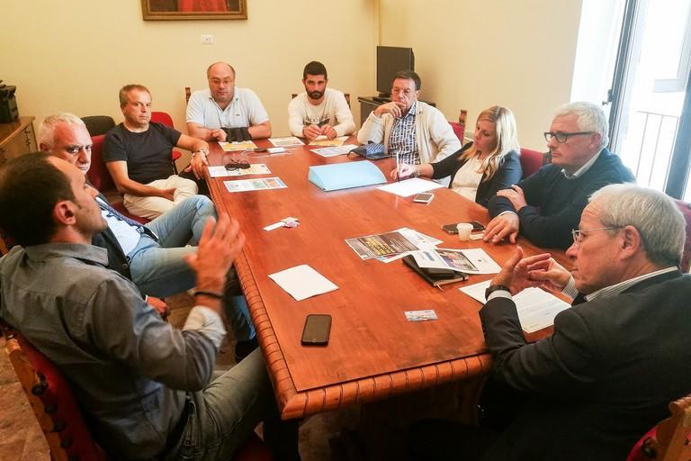 Incontro a Palazzo San Domenico tra rappresentanti dell'amministrazione e associazioni di categoria