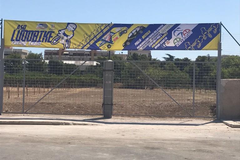 L'ingresso del bike park in via Bartolomeo Colangelo